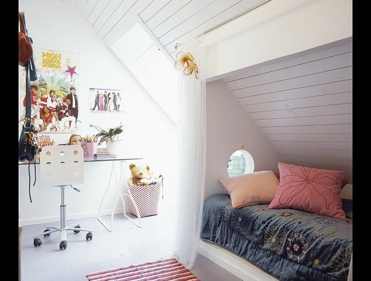 Kinderkamer Kinderkamer Idee : Kinderkamer met bedstee effect. wat een ontzettend leuk idee voor