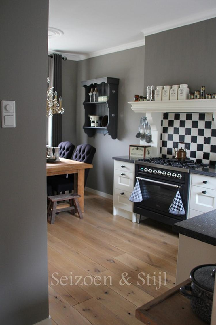 Mooie kleur grijs op de muur for Kleur muur
