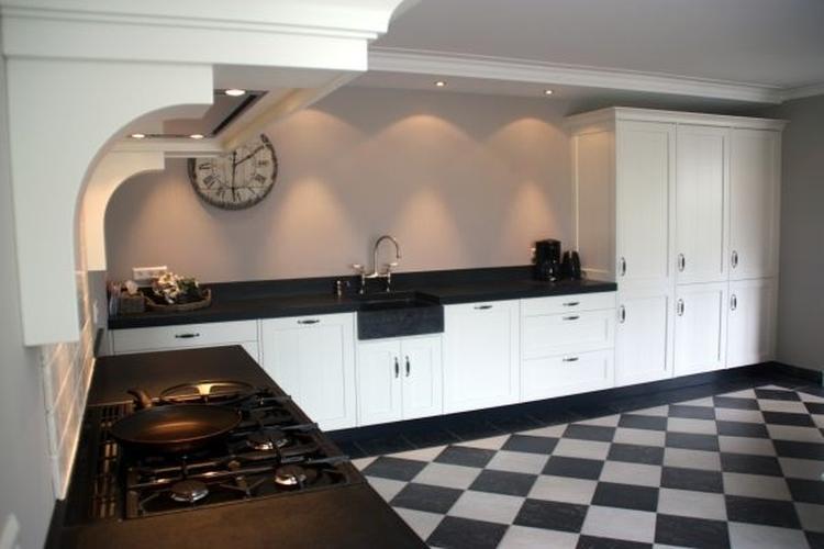 Stijl oude keuken. foto geplaatst door tantecupcake op welke.nl
