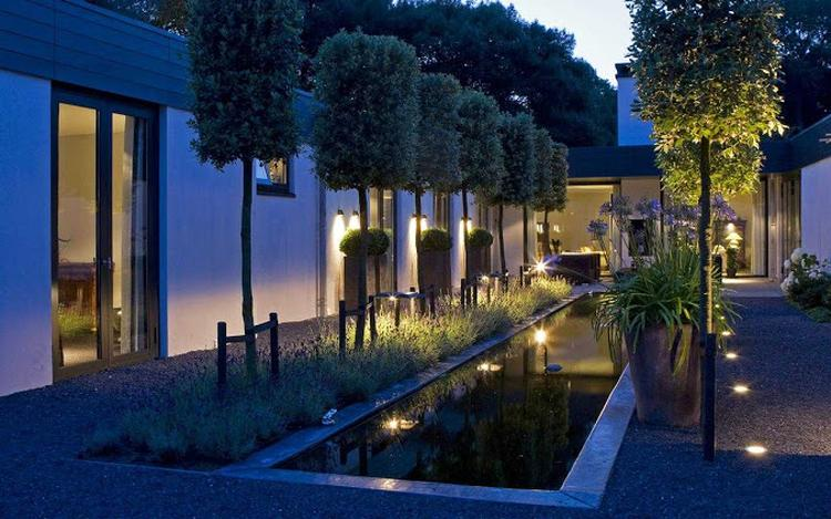 prachtige tuin, mooie verlichting. Foto geplaatst door Marises op ...