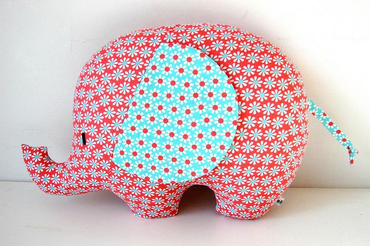 Voorkeur Super leuke olifant om te naaien. Gevonden op de blog: elisanna #OH58