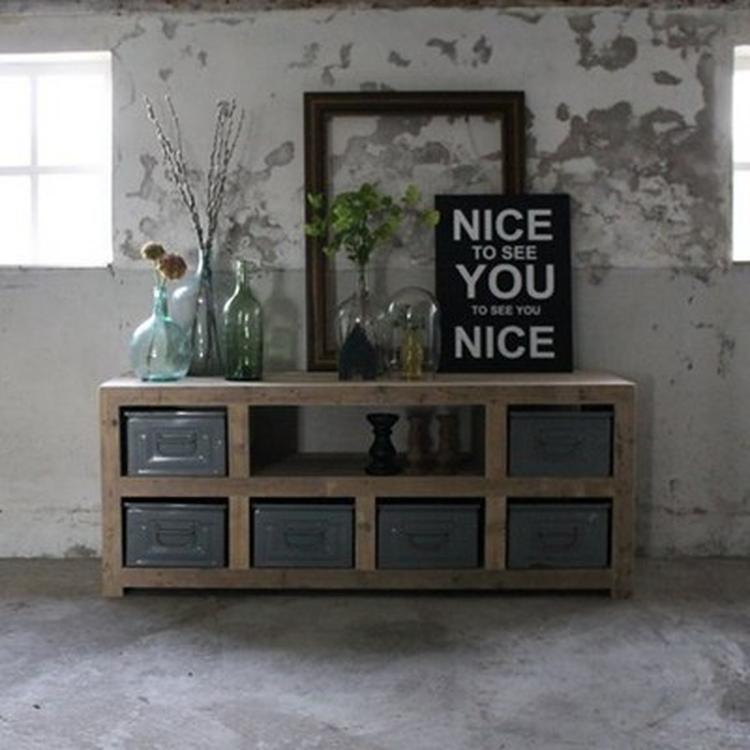 Stoer meubel voor in woonkamer. Foto geplaatst door Fambron op Welke.nl