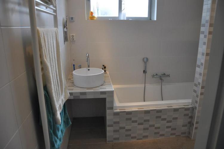 heel trots op onze badkamer! . Foto geplaatst door AnneLeenders op ...