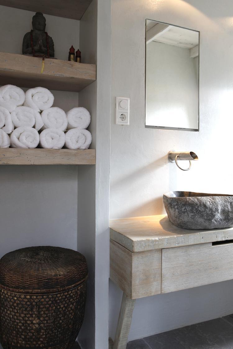 stakke landelijke badkamer. Foto geplaatst door theresia op Welke.nl