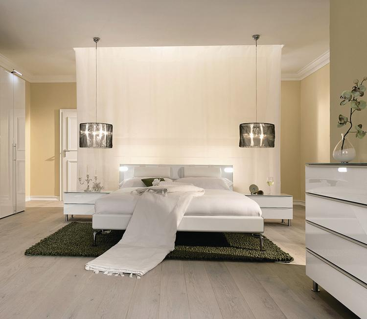 prachtige lichte slaapkamer. Foto geplaatst door ielleboe op Welke.nl
