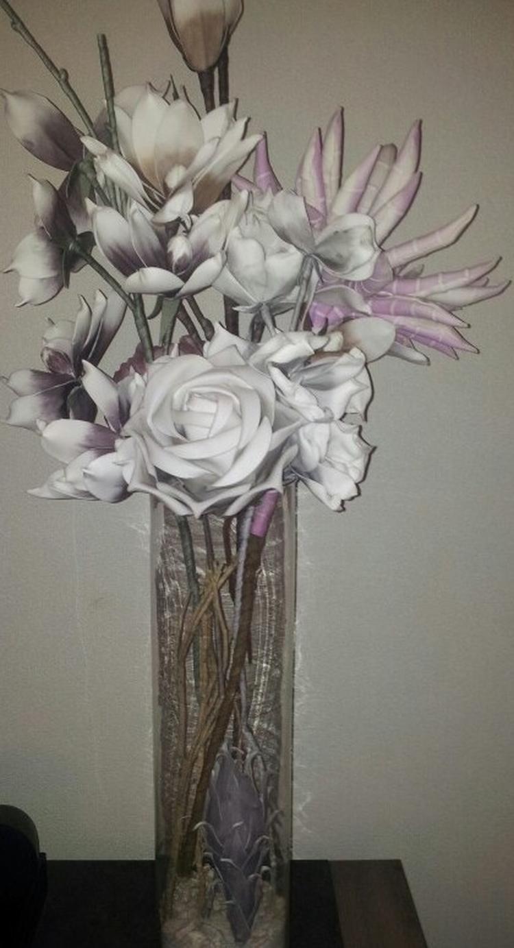 Fleur je huis op met wat bloemen in een grote vaas. Foto geplaatst ...