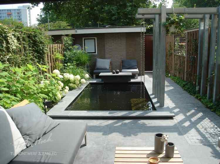Mooie tuin van stijltuinen foto geplaatst door mseleveld op
