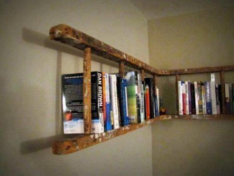 ladder als boekenkast. Foto geplaatst door Ava op Welke.nl