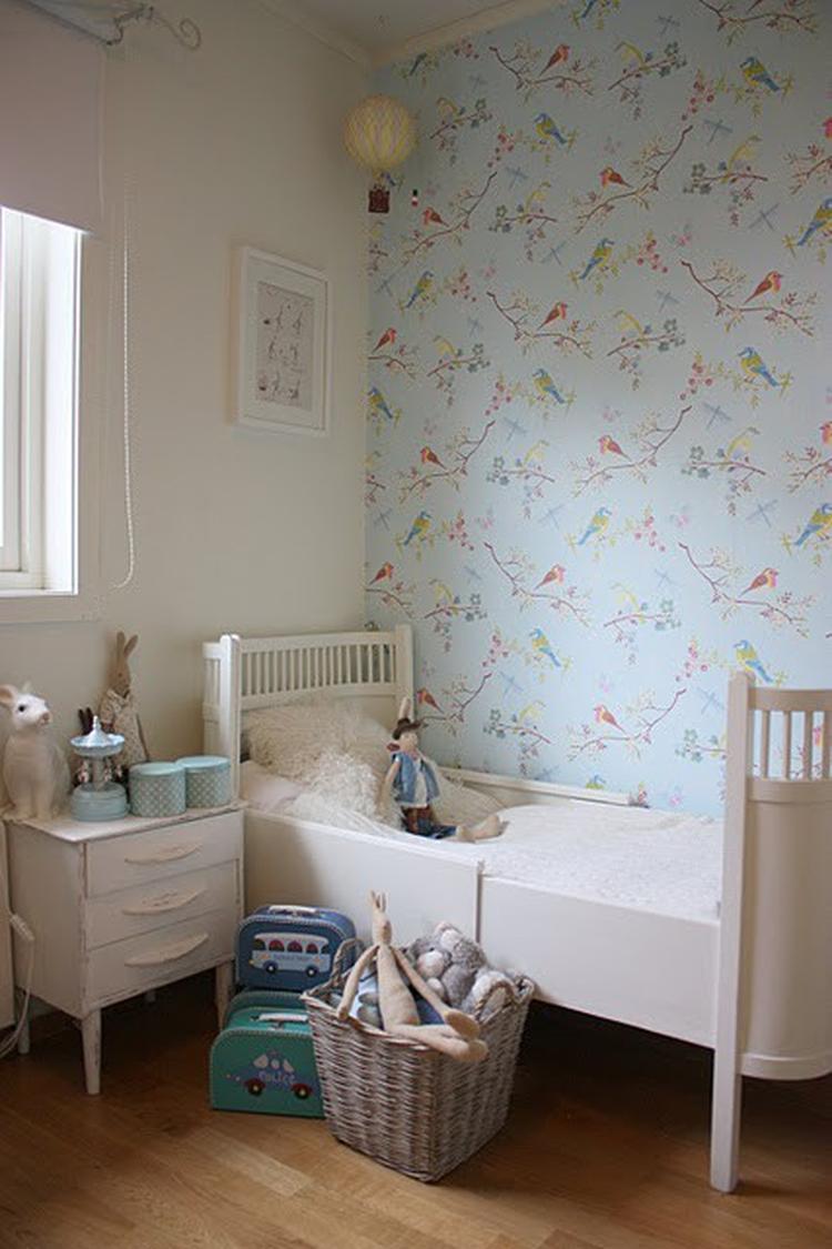 Vogeltjes Behang Lief.Vintage Kinderkamer Met Fantastisch Vogeltjes Behang Foto