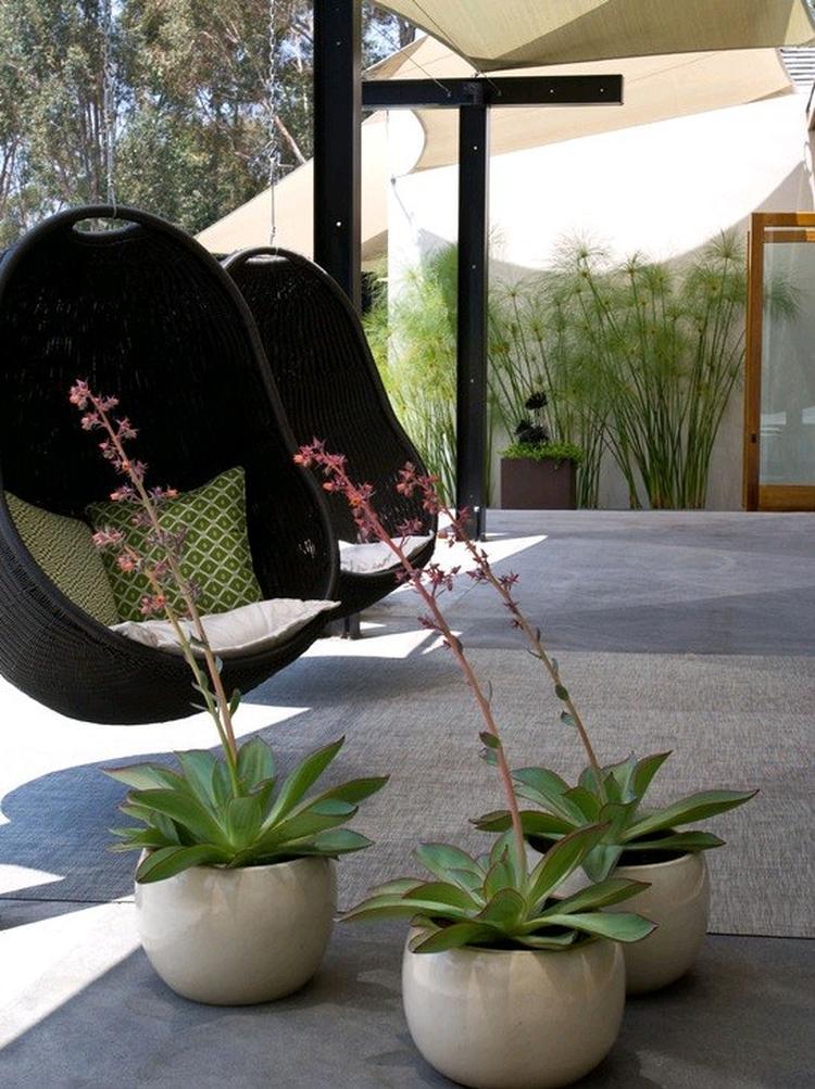 Hang Schommelstoel Voor Buiten.Hangstoel Voor Buiten Foto Geplaatst Door Lienvanmileghem Op Welke Nl