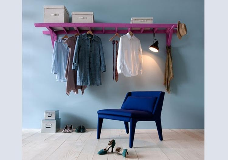kleding ophangen in slaapkamer