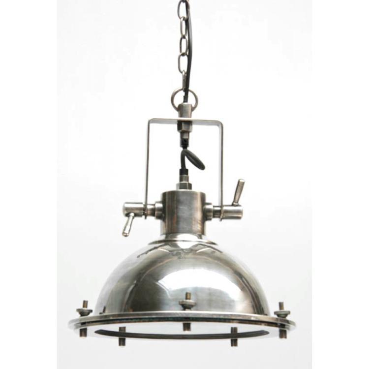 Industriele lamp, leuk voor bijv de keuken.. foto geplaatst door ...