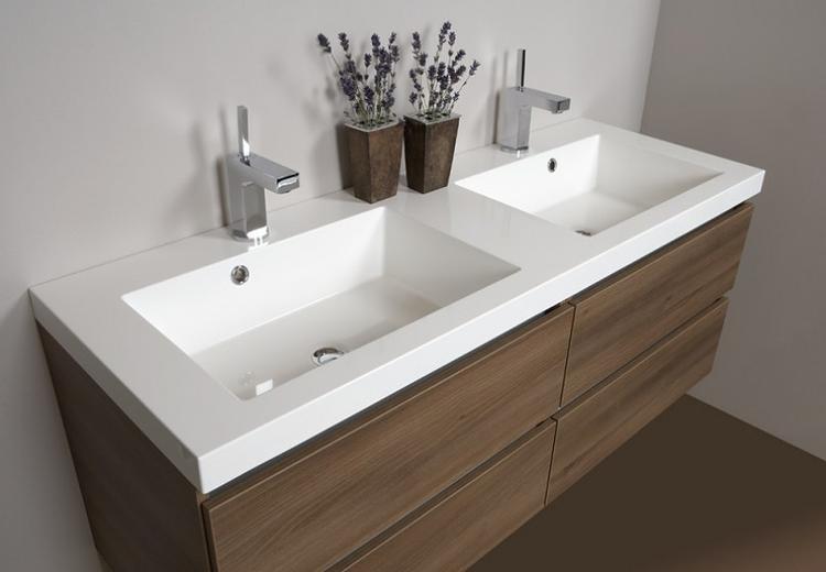 Badkamermeubel 1. mooi meubel voor in de nieuwe badkamer . foto