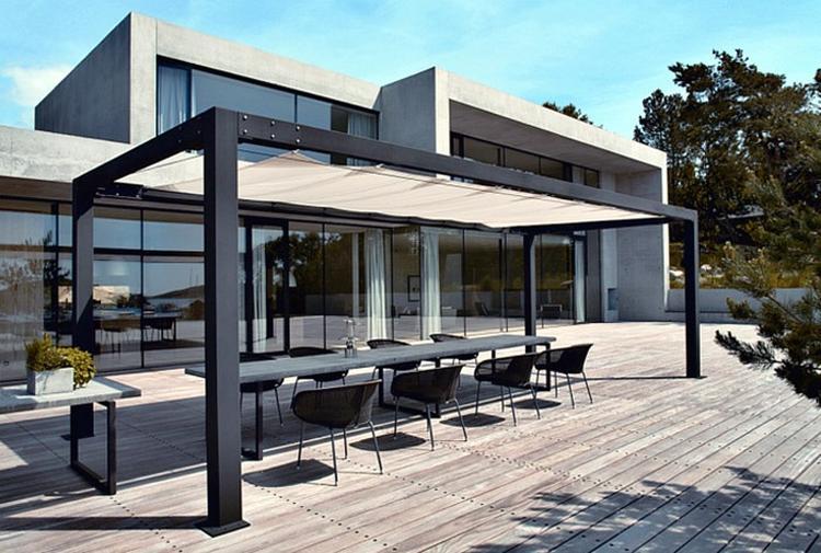 Mooi huis en een even zo mooi terras!. foto geplaatst door 1en op