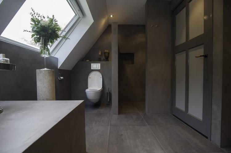 Badkamer met Beton Cire uitstraling.. Foto geplaatst door ...