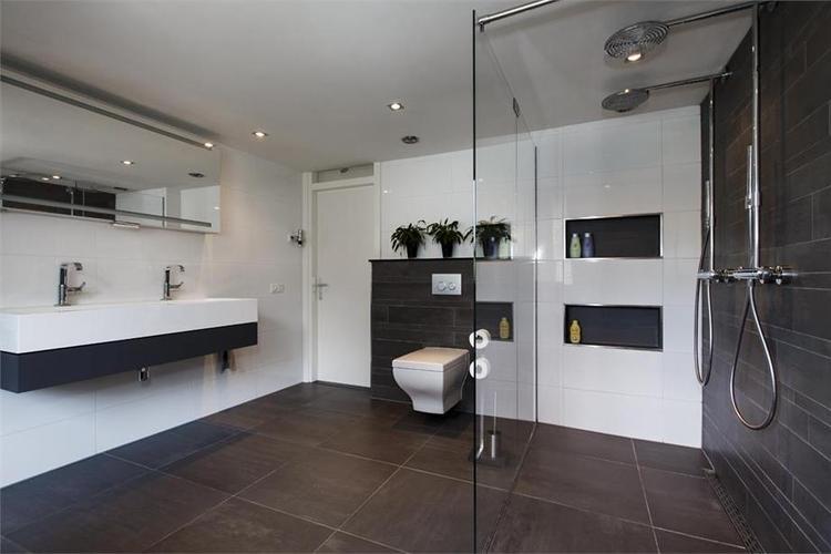 Fabulous toilet zwart wit th belbin