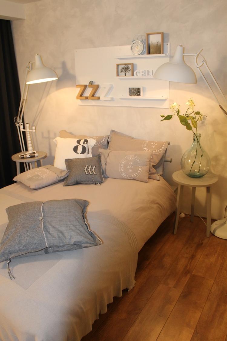 Slaapkamer met leuk verfeffect op de muur. Foto geplaatst door Flow ...