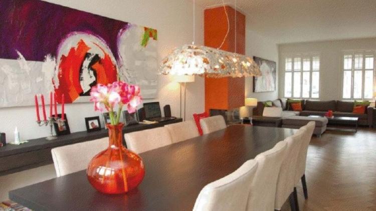 Oranje is een warme kleur, leuk in de woonkamer. Foto geplaatst door ...