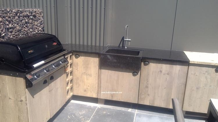 Houten Buiten Keuken : Houten buiten keuken modern esgrado steigerhouten buitenkeuken