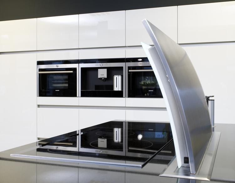downdraft afzuigkap in moderne keuken van tristar.. keuken voorzien