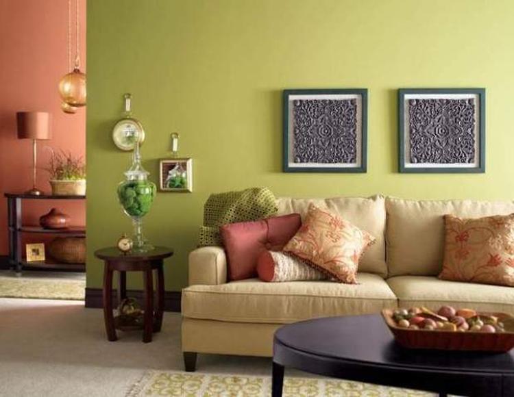 woonkamer met mooie groene muur. foto geplaatst door marjy op welke.nl, Deco ideeën
