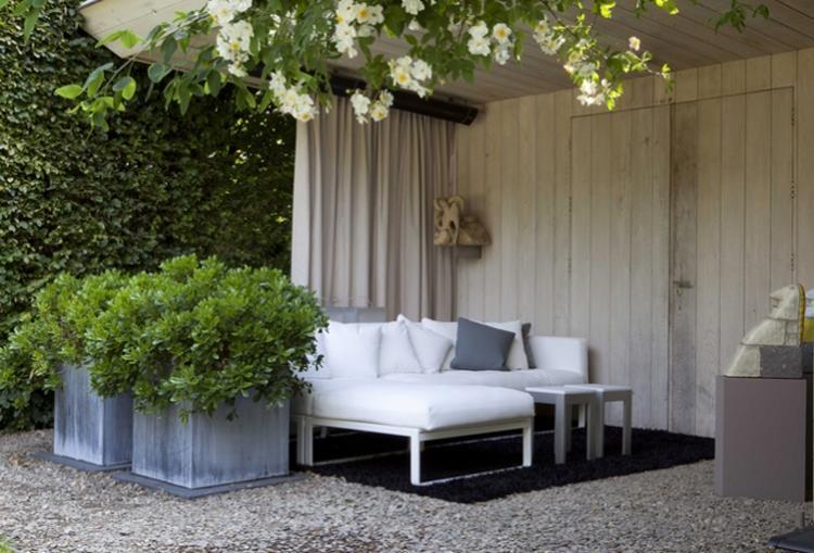 Tent Overkapping Tuin : Knusse zithoek in de tuin foto geplaatst door mandysieben op
