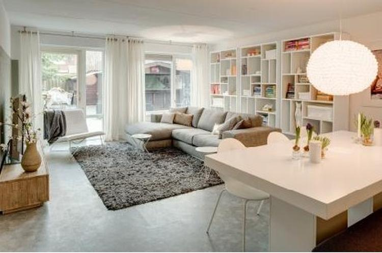 Woonkamer Met Boekenkast : Boekenkast maken in nis woonkamer  meter werkspot