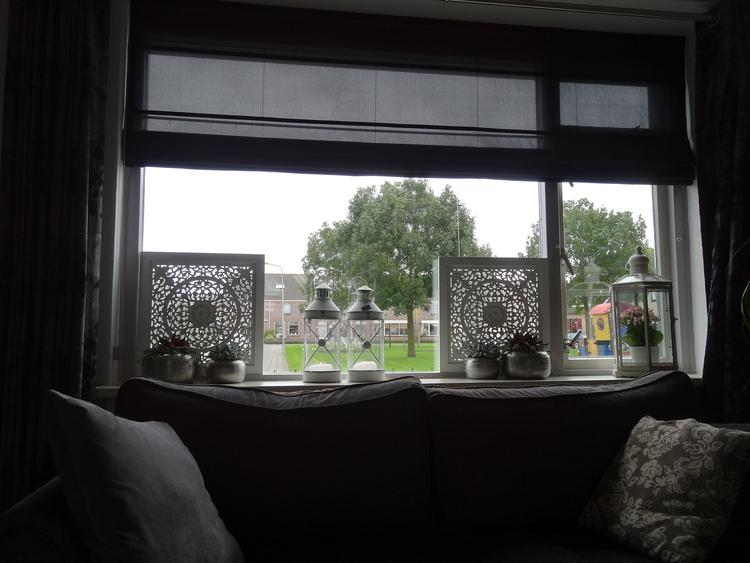 Zeer raam decoratie tegen inkijk. Foto geplaatst door Halois op Welke.nl @UP28