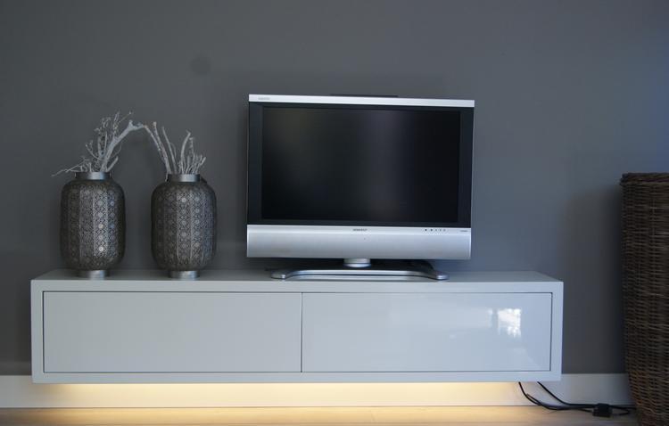 Ledverlichting onder uw tv-kast, idee van Net Iets Anders uit Veghel ...