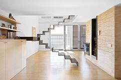 Trap In Woonkamer : Open trap met trapkast in de woonkamer interieur inrichting