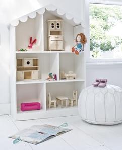 mooi poppenhuis om mee te spelen