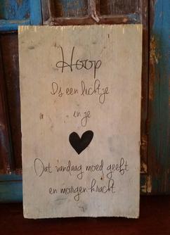 Hoop Is Een Lichtje Foto Geplaatst Door Sjoengeplak Op Welkenl