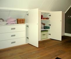 Opbergkast Voor Schuine Wand.Collectie Zolderkamers Schuine Kanten Verzameld Door Gemke Op Welke Nl