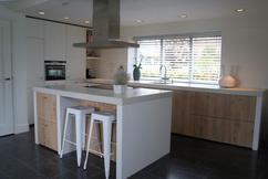 Witte Eiken Keuken : Eiken keukens populairste houtsoort voor keukens