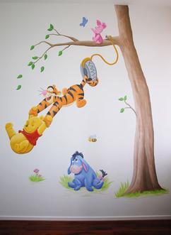 Muurstickers Winnie The Pooh Zwart Wit.De Leukste Ideeen Over Winnie The Pooh Muurschildering Vind Je Op