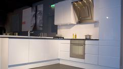 Afwerking Witte Keuken : Witte keukens woonwarenhuis nijhof