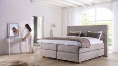 klassieke slaapkamer met boxspring