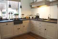 Keuken Landelijk Ramen : Klassieke landelijke keuken foto geplaatst door ipat op welke