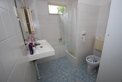 Badkamer douche italiaanse muur tegels brussel wandtegels binnen
