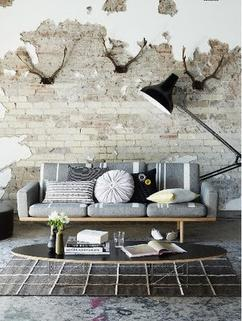 https://cdn4.welke.nl/cache/resize/242/auto/photo/25/53/21/Industriele-muur-industrieel-interieur-bakstenen-muur-woonkamer.1417121418-van-gemmavandervegt.jpeg