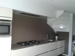 Keuken Met Trap : Ruime keuken met trap u stockfoto photographee eu