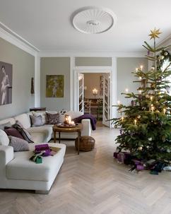 Paarse Kerst Accessoires.De Leukste Ideeen Over Versierde Boom Vind Je Op Welke Nl