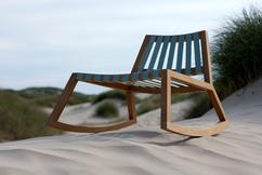 Houten Schommelstoel Voor Buiten.De Leukste Ideeen Over Schommelstoelen Vind Je Op Welke Nl