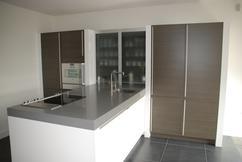 Keuken Met Schiereiland : Keuken met schiereiland en royale kastenwand in sliedrecht