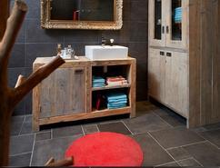 Badkamer Met Steigerhout : Steigerhouten wastafelmeubel kast badkamer werkspot