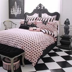 https://cdn1.welke.nl/cache/resize/242/auto/photo/33/57/43/Mooie-stijl-en-kleuren-combinatie-voor-op-de-slaapkamer-met-zwart-wit.1429293677-van-sachaxmarcus.jpeg