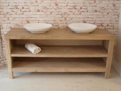 Eiken badkamermeubel van 180 cm breed. je kan verschillende modellen