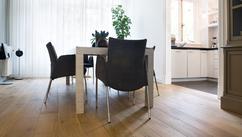 Licht eiken vloer latest great trendy onderhoud donkere vloeren