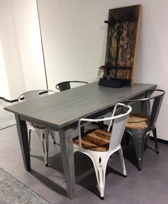 White Wash Eettafel Met Stoelen.De Leukste Ideeen Over Grey Wash Tafel Vind Je Op Welke Nl