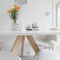 Tafel Wit Blad Houten Poten.De Leukste Ideeen Over Wit Ronde Eettafel Vind Je Op Welke Nl